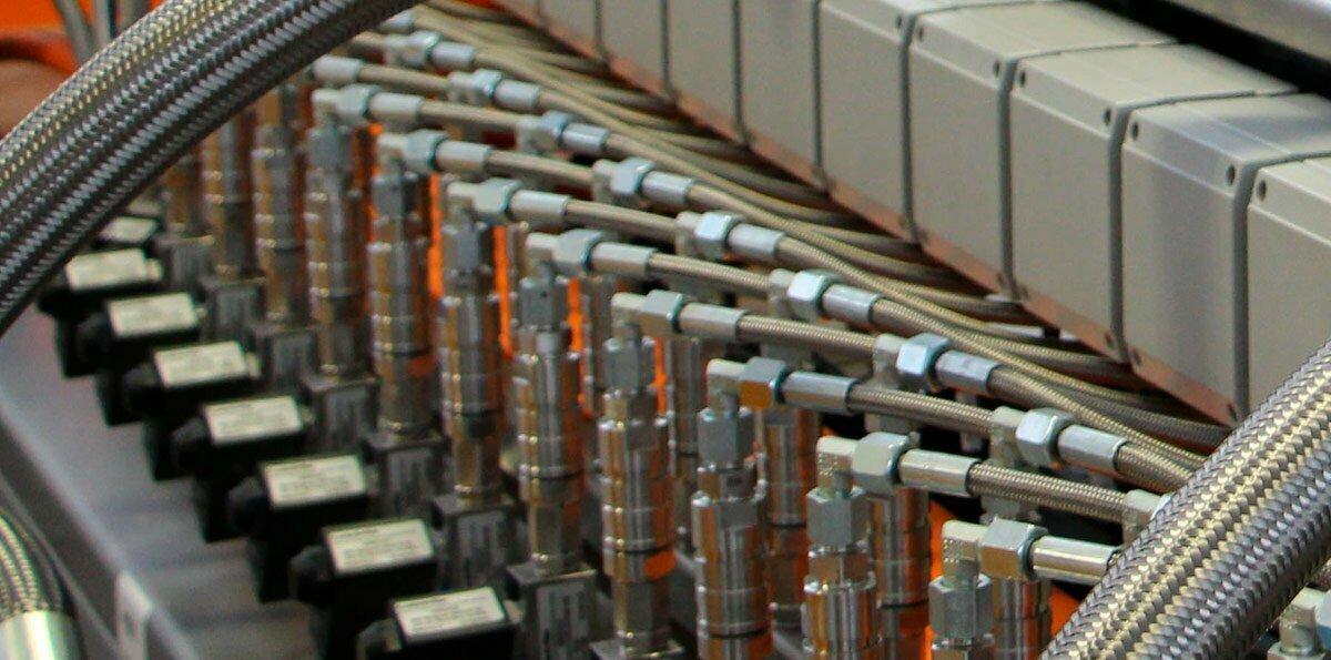 Síntesis y modificación de polímeros mediante extrusión reactiva