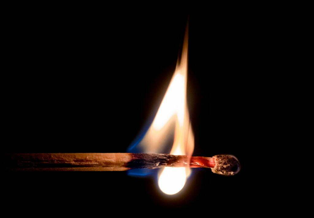 Plásticos resistentes al fuego: Cómo ignifugar materiales plásticos
