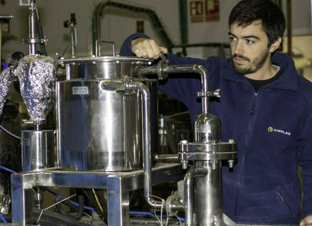 AIMPLAS investiga nuevos envases multicapa reciclables para alimentos
