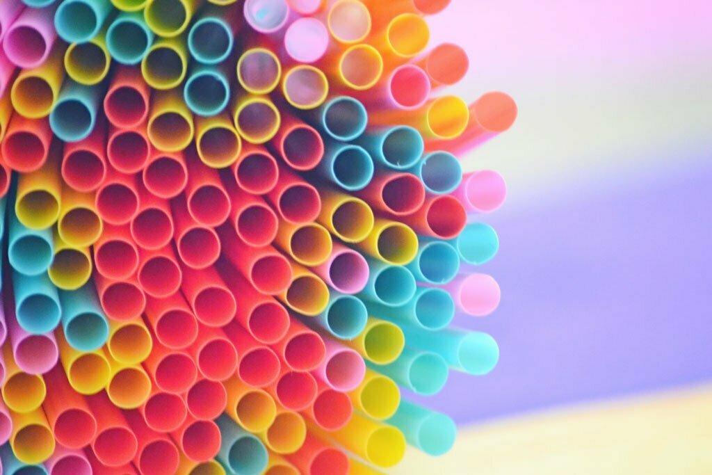 Directiva de plásticos de un solo uso (SUP): el MITERD confirma su entrada en vigor